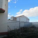 Edificio con terreno en alquiler